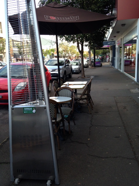 Sidewalk cafe seating on Darby St