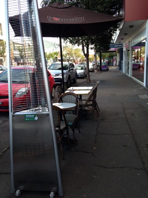 Sidewalk cafe seating on Darby St